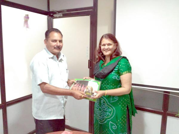 TERRE felicitated 7th Prakashache Bet awardee